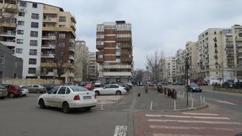 9_timpuri-noi_bulevardul-nerva-traian-in-fata-scolii-nr-81_foto